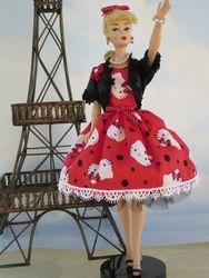 Waving Hello from Paris!