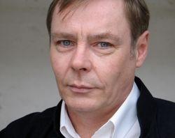 Chris Gelken