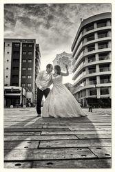 couple with umbrella...