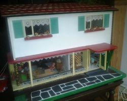 60s bungalow front