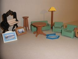 No1989 Dolls house furniture S2 - 01