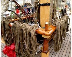 Running rigging at the mainmast