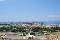 Pogled na stari grad Krf