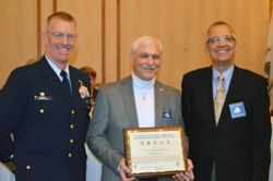 Ed Swift receives Don Kneip Award 2015