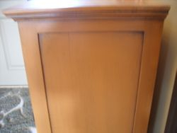 Panel antiqued chest