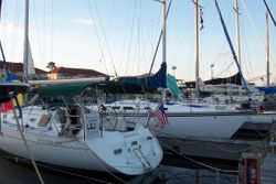 PIYC guest docks