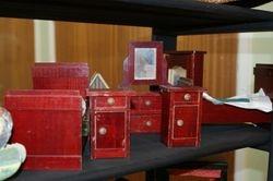 Red wood set