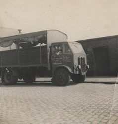 My Dad in Hunt and Riggs coal lorry on Georges Rd.