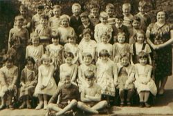 Mrs Browns class Christ Church, 62/63ish