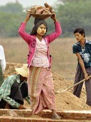 locals at work at Bagan
