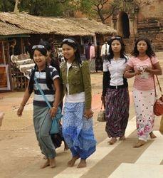 Burmese tourists at bagan