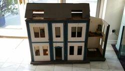 FAO Schwarz Mystery House