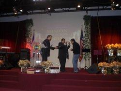 Pastor y salmista Mac sore