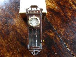 well used clock
