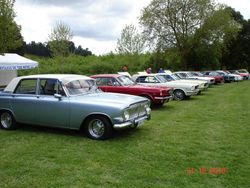 Zephyr Mk3 and Mustangs at All Ford Day