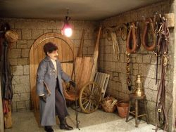 Carriage room/tack room