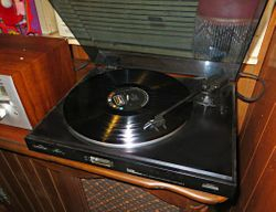 Curtis Mathes, Model C-155, Belt Drive, Auto Return Stereo Turntable Record Player