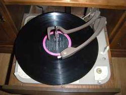Curtis Mathes stereophonic hi fi turntable phonograph