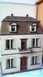 Hacker dollshouse