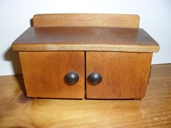 Rellaw sideboard