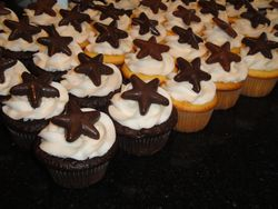 Wedding Cupcakes with Chocolate Star Fish Toppers