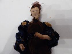 dolls upper body closer up