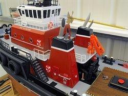 Un-named tug in Seaspan colours 2011