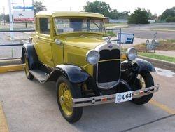 Sheryl and Greg Hoyle's 31 Coupe