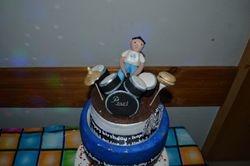 Edible drum & drummer topper