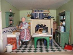 1/24th 1940's house