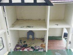 Amersham brick paper with porch interior