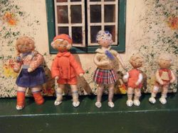 Possibly 1940s Grecon Dolls