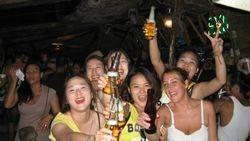 Boracay, Boom boom bar