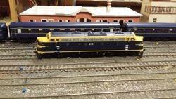 B72 running around its train at Bacchus Marsh
