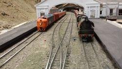 B82 & R707 picking up passengers at Ballarat