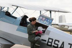 Jungman and pilot