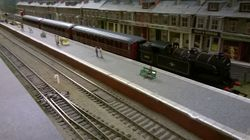69543 pulls into the bay platform with 3 BR Maroon Gresley coaches in tow.