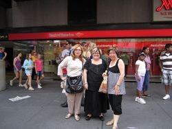 Fun in NY :-) Gina, Anna & friend Andree
