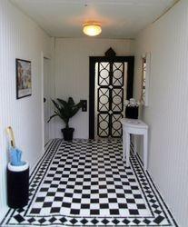 Wallis' hallway