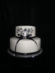 Black & White 15's Cake