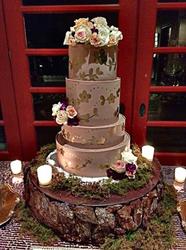 Vintage Outdoor Glam Wedding Cake w/ Wood Base