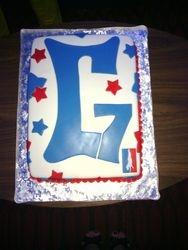 G7 Logo Cake