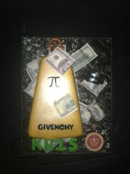 Givenchy Cologne Cake w/ Accessories