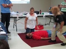 Practicando primeros auxilios