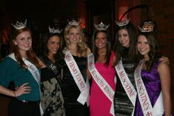Jessica with other contestants and Miss Iowa and Miss Iowa's OT