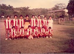 Ouna Football team Kapit. Lebu' Kulit Boleh!
