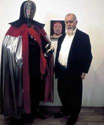 KENDO & SIR PETER BLAKE