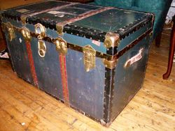 1950's steamer Travel Trunk pic 1