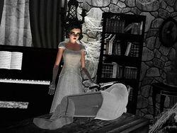Gothique: Drea Hardy ''B&W Film''