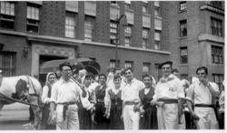 1940s NY parade dancers